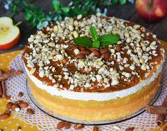 Reteta tort cu mere si mascarpone - un tort delicios cu blat pufos, mousse cu mere si crema cu mascarpone. Suna complicat, dar e...