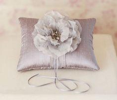 platinum silk with detachable hair flower (by emici bridal)