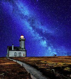 The Lighthouse of Heaven, photo by David Keochkerian - Pixdaus