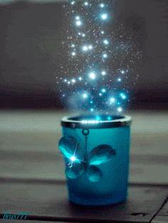 taza brillo mariposa gif