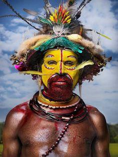 La Papouasie-Nouvelle-Guinée entre perruches et perruques | Atlantico.fr