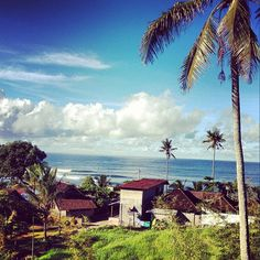 No wind. Sun is shining. Weather is sweet! Bali Weather, Surf Check, Weather Forecast, Early Morning, Find Image, Cool Pictures, Surfing, Destinations, Bucket