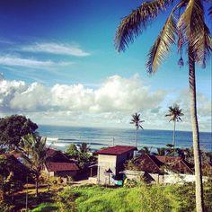 Matin calme sans vent qui annonce une météo agréable pour la journée. #Bali
