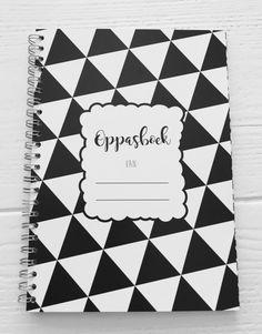 Oppasboek Monochrome zwart wit, zwart-wit, oppasboekje, kinderdagverblijf, creche, opa, oma, oppas, gastouder