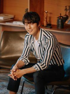 Handsome Asian Men, Handsome Boys, Korean Wave, Korean Men, Asian Actors, Korean Actors, Korean Dramas, F4 Boys Over Flowers, Yoon Shi Yoon
