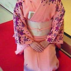 【nakamurasouyuu】さんのInstagramをピンしています。 《#帯 #着物 #訪問着 #桜 #茶会》
