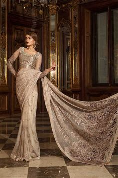 Maria B Mbroidered Wedding Edition, net sari, bridesmaid dresses - Sarree - Handwork Pakistani Dress Design, Pakistani Designers, Pakistani Dresses, Indian Sarees, Pakistani Suits, Salwar Suits, Pakistani Bridal, Indian Bridal, Bridal Dresses
