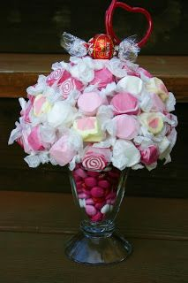 Taffy centerpiece..... shower centerpiece? @Nicole Lewis