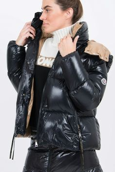 Moncler, Puffy Jacket, Models, Jacket Style, Lady, Winter Outfits, Winter Fashion, Jackets For Women, Winter Jackets
