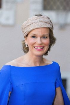 Queen Mathilde of Belgium arrives for the wedding of Prince Amedeo of Belgium in a private ceremony at the Basilica di Santa Maria in Trastevere in Rome, Italy, Derby Day, Fancy Hats, Princess Style, Royal Jewels, Royal Fashion, Hats For Women, Formal, Lady, How To Wear