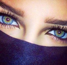 what gorgeous eyes! Beautiful Eyes Color, Stunning Eyes, Pretty Eyes, Cool Eyes, Rare Eye Colors, Rare Eyes, Aesthetic Eyes, Look Into My Eyes, Eye Photography
