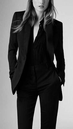 Slim fit virgin wool silk jacket business casual in 2019 out Business Outfit Frau, Business Outfits, Business Attire, Business Fashion, Business Women, Mode Outfits, Office Outfits, Casual Outfits, Office Attire
