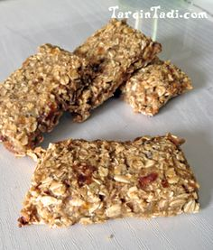 homemade vanilla chai Vega One protein bars- vegan, no bake Delicious Cake Recipes, Yummy Cakes, Great Recipes, Yummy Food, Recipe Center, Vanilla Chai, Cake Pricing, Oat Bars, Homemade Vanilla