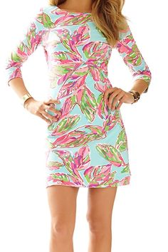 Lilly Pulitzer Charlene Printed Knit Shift Dress in In the Vias- such a flattering dress.
