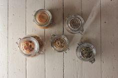 glass jars to store dry food / minulta