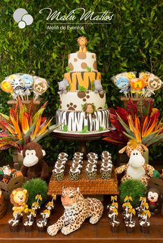 Baby Shower Ides Jungle Theme Dessert Tables 30 Ideas - Sites new Safari Party, Safari Theme Birthday, Wild One Birthday Party, Baby Boy 1st Birthday, Animal Birthday, 1st Birthday Parties, Jungle Party, Birthday Table, Lion King Baby Shower