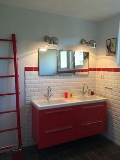 Mur de cuisine en carrelage métro rouge et blanc Castorama | Cuisine ...