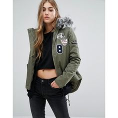 Missguided Badge Faux Fur Collar Parka (125 NZD) ❤ liked on Polyvore featuring outerwear, coats, green, green parka coat, cotton coat, cotton parka, green hooded coat and tall coats