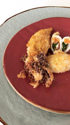 Calamari ripieni alla caprese, con pomodori e mozzarella! Calamari, Mozzarella, Risotto, Photo And Video, Ethnic Recipes, Instagram, Food, Meal, Eten