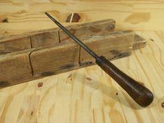 Ancien outil artisanal fait main | Manche en Bois | Made in France 1950 de la boutique LovelyFrance sur Etsy