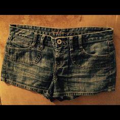 Mudd Denim shorts Very cute, denim shorts Mudd Shorts
