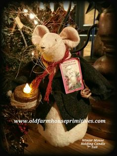 Primitive Winter Mouse Holding Candle (Made In USA)
