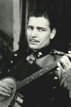 Ronnie 💓💓💓💓💓💓💓💓💓 Ronald Colman, Classic Hollywood, Old Hollywood, Errol Flynn, Classic Movie Stars, Handsome Guys, Silent Film, Burlesque, Actors & Actresses