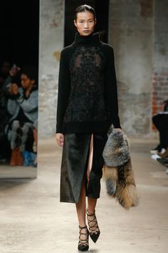 Насыщенный черный цвет-03-Sally LaPointe - nyfw, модные цвета сезона осень-зима 2016-2017, вязаная мода 2017 тренды, модные вязаные вещи, MsKnitwear.com