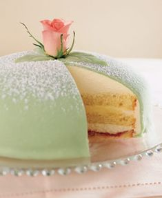 Princess Cake, featuring layers of genoise sandwiched with strawberry (or raspberry) jam and pastry cream, topped with whipped cream and covered in light green marzipan, is actually a traditional Swedish dessert. It even has its own wikipedia page! Swedish Cake Recipe, Swedish Recipes, Cupcakes Au Cholocat, Cupcake Cakes, Food Cakes, Beautiful Cakes, Amazing Cakes, Super Torte, Best Cake Ever