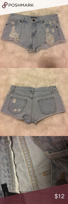 Light distressed Denim shorts Worn once. Too short for my taste. Smoke free home! Discounts on bundles 🌻❤ Forever 21 Shorts Jean Shorts