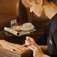 Spa-Kle Ladies Experience in Birmingham. Hen having nails painted. Enjoy some quality time with the girls while you take full advantage of the facilities on offer at this city centre Day Spa.