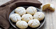 C'est le mélange sucre semoule et sucre glace qui au cours de la cuisson va créer cet effet craquelé, testez_les, ils sont délicieux !