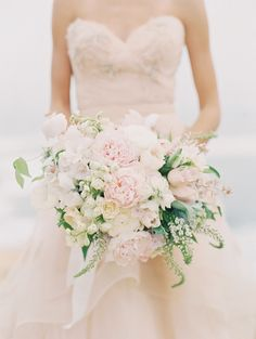 Blush bouquet and gown
