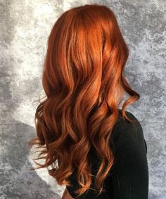 Gorgeous Ginger Copper Hair Colors And Hairstyles You Should Have In Winter; Red Hair Color And Style; Giner And Red Hair Color; Curly Ginger Hair, Ginger Hair Color, Ombre Hair Color, Gold Hair Colors, Purple Hair, Onbre Hair, Strawberry Blonde Hair, Copper Hair, Copper Blonde