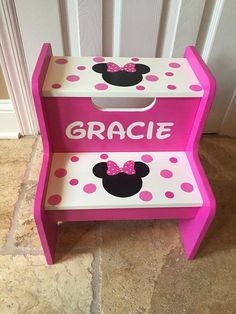 Step Stool Suggestions for Young Children and Adults - Our Bright Side Childrens Step Stool, Kids Stool, Minnie Mouse Room Decor, Minnie Mouse Party, Wooden Pallet Projects, Pallet Crafts, Mouse Paint, Painted Stools, Chair Makeover