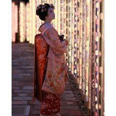 【anime_fact_videos_japan】さんのInstagramをピンしています。 《#anime#japanfood#japanesekimono#ramen#sushi#japanesegirl#fashion#inspiringquotes#beautiful#beautifulgirl#family#travel#vacation#kiminonawa#koenokatachi#kimono#japansake#music#food#festival#hanabi#erenandmikasa#narutohinata#couples#love##inspiringquotes#Bento#scenery#cherryblossoms#Tokyo#kawaii》