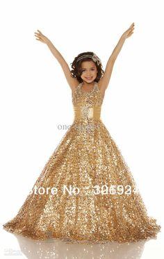 vestido de fiesta con lentejuelas color oro