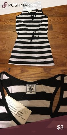 New key hole top with tie waist! Super cute! Brand new with Tags! Labeled XL but fits more like a M/L. Bundle to save 20%! Lots of new listings! Tops Tank Tops
