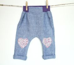 Baby girl linen pants with heart knee patches (sizes 6 Month - 2 years)    Gorgeous pants made from high quality linen with floral print heart knee