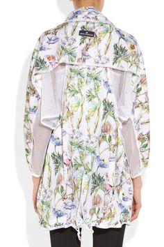 adidas by Stella McCartney - Run floral-print shell jacket Floral Print Design, Floral Prints, Fashion Details, Fashion Design, Inspiration Mode, Jeans And Sneakers, Stella Mccartney Adidas, Sport Wear, Sport Fashion