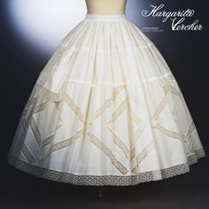 Margarita Vercher enagua Ainhoa Doll Clothes Patterns, Sewing Clothes, Clothing Patterns, Historical Costume, Historical Clothing, Spanish Costume, Hoop Skirt, Lace Outfit, Heirloom Sewing