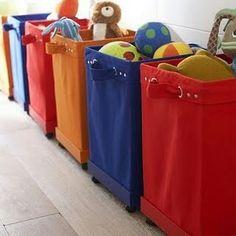 Organizando os brinquedos