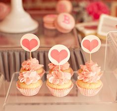ribbons ruffles baby shower cupcakes