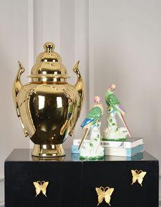 #homedeco #tablelamps #porcelainlamps #glasslamps #woodenlamps #crystallamps #household #homefurniture #housefurniture #housefinishing #lamps #desklamps #tablelamps #ceramiclamps #porcelain #porcelainlights #ceramiclights #glass #glasslights #lampshade #borcelain #ceramic #ceramiclamps #ceramictablelamp #ceramiclights #ceramicartwork #porcelain #porcelaincraft #porcelainlamp #porcelainlight #home #homefurnishing #house Ceramic Table Lamps, Ginger Jars, Guangzhou, Flower Patterns, Home Deco, Household, Porcelain, China, Ceramics