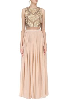 RUHMAHSA Peach Sequins Embroidered Crop Top with Palazzo Pants #Georgette #ethnic #traditional #pernia #perniaspopupshop #ethnicwear #indianwear #shopnow #RUHMAHSA