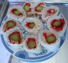 Rol salata od kiselog kupusa, paprike i krastavaca