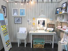 the lovely white washed sumer cottage booth by Grey Cardigan at NSS 2012 | via thesweetestoccasion