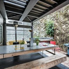 WELLINGTON SHIPPING CONTAINER HOUSE