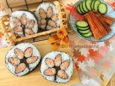 Maple Leaf Sushi Art Roll 紅葉の飾り巻き寿司 I love Autumn! The colors of autumn are amazing… I plan to go Japan to see momiji next year since I was a tad early for the season this time round.  Momiji refers to the red leaves of maple tree during the autumn season. Just like how cherry blossom Continue Reading