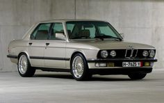 Bid for the chance to own a 1988 BMW at auction with Bring a Trailer, the home of the best vintage and classic cars online. Ferrari 488, Lamborghini, Maserati Ghibli, Bmw Classic Cars, Classic Cars Online, Porsche, Ford Falcon, Rolls Royce, E28 Bmw